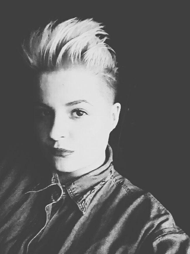 Hi! Its Me Hairstyle Blonde ♡ Blonde Girl Make Up Black & White Photo Lithuania Lithuanian Girl Bisexual Girl Panevėžys FolowMe ✌ Folowforfollow Love Your World 😚