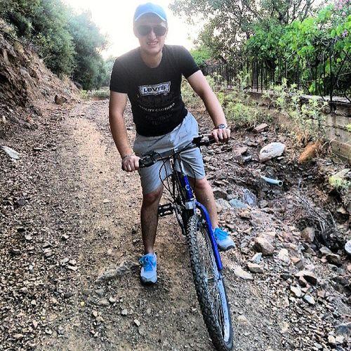 Kardesimle Velespit Gezinti sinden. . Bike Mount balçova izmir