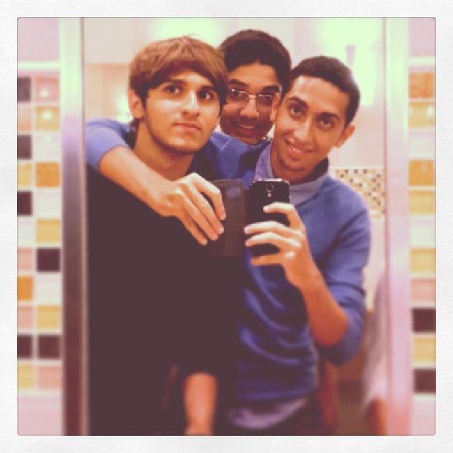 Hamdan Kraxh Me Friends stupid
