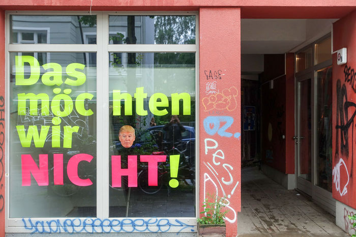 Some non violent impressions from Hamburg G20... Against Trump Architecture Banner City City Life Communication Day Empty Streets G20 Gipfel G20 Summit German Parolen NOG20 Outdoors Protest Shops Signs Slogan