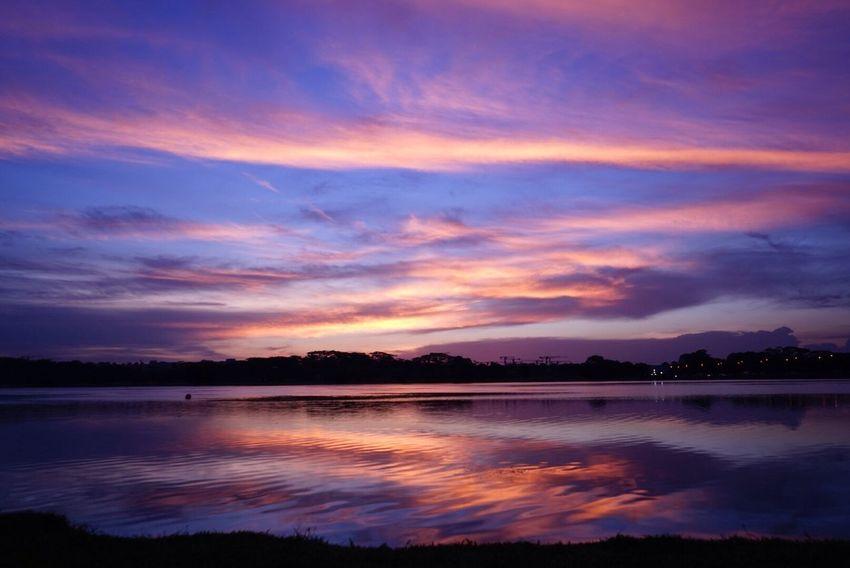 Sunset #sun #clouds #skylovers #sky #nature #beautifulinnature #naturalbeauty #photography #landscape Sunset Silhouettes Night Photography Lightstreaks Photooftheday Chilling Tumblr