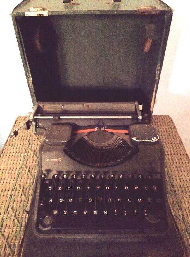 Typewriter Agritourism Agriturismo