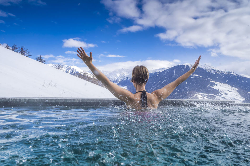 Beautiful stock photos of wasser, 35-39 Years, Arms Raised, Carefree, Cloud - Sky