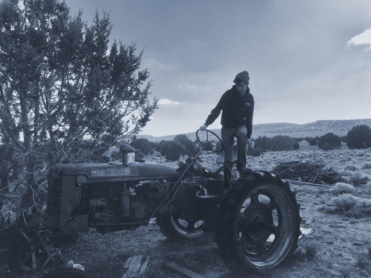 Monochrome Photography Fade To Black Arizona Desert Rusty Autos -cinereal tones and granite skies