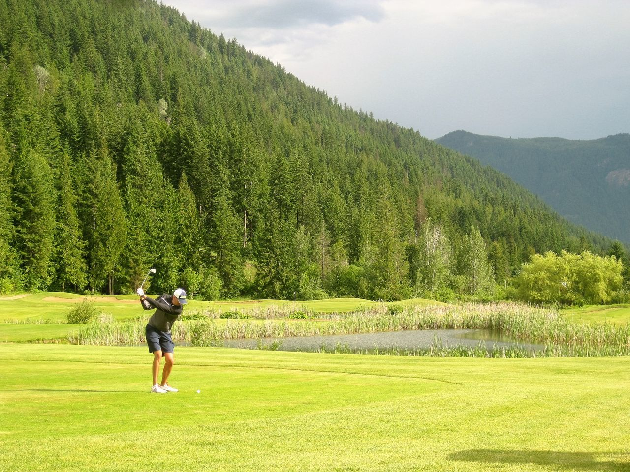 Golf Course Golf Swing Hyde Mountain Lake Mara Lake Mountain Pine Scenics Tree