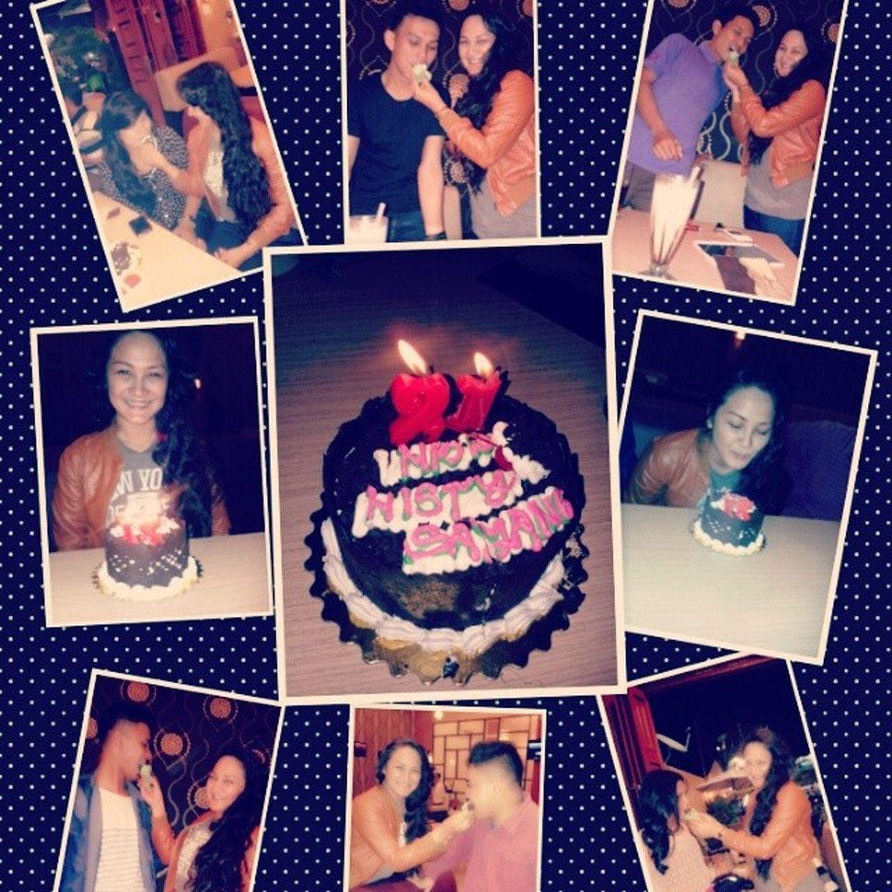 Histy birthday Latepost Birthday Cake Reborn cafe coffee makyung 21 friends together joyful