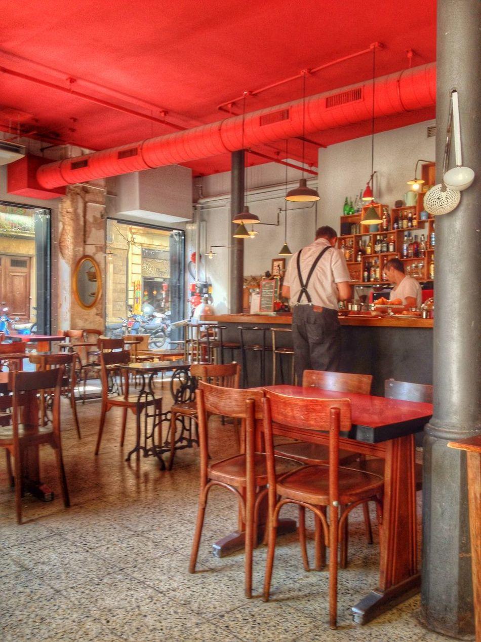 Estos sitios que me gustan ... Barcelona Enjoying Life Cafe Time Somosfelices Authentic Moments IPhone Hello World http://youtu.be/doU59v5LxVY