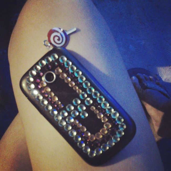 Look what i did to my phone/portable wifi hotspot. Hehe. Granting my own wish. Beautification Igers Igshot Igcapture Instagram Instacapture Followme Followback Loveit Glitters Pluggies