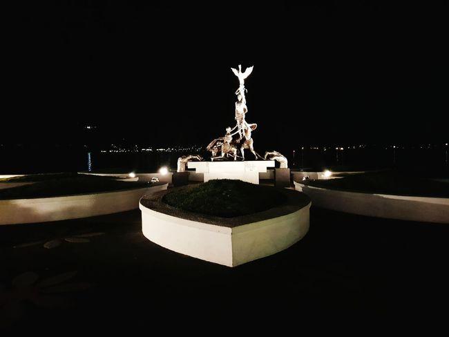 özgecanaslan Night Sculpture Statue Illuminated Christmas Decoration No People Outdoors Water Tree Architecture Sky Politics And Government