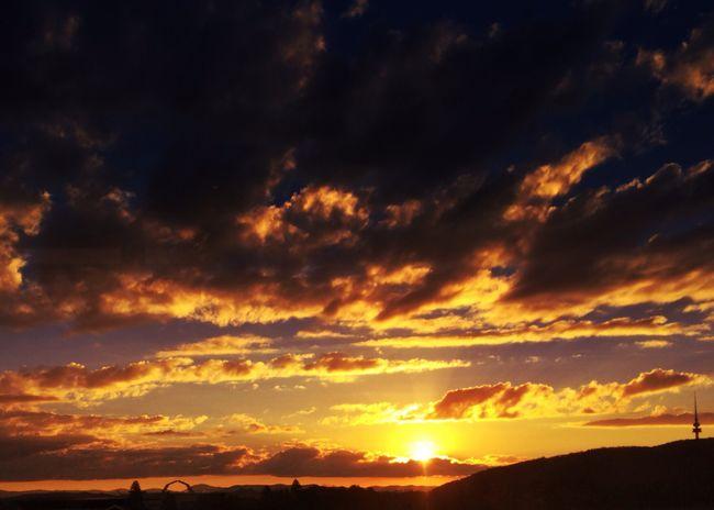 Sunset #sun #clouds #skylovers #sky #nature #beautifulinnature #naturalbeauty #photography #landscape Sunsets