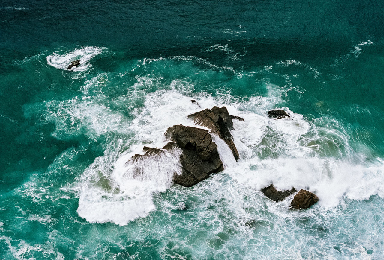 Adventure Analog Analogue Photography Beach Beauty In Nature Film Filmisnotdead Horizon Over Water Motion Ocean Outdoors Portugal Power In Nature Rock Rock - Object Rough Sea Seascape Speed Splashing Surf Vacation Water Waterfront Wave