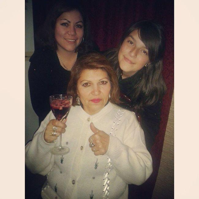 No hay mejor comienzo que estando juntas ❤ Lasamo Mama Hermanas LaOtraTomoLaFoto