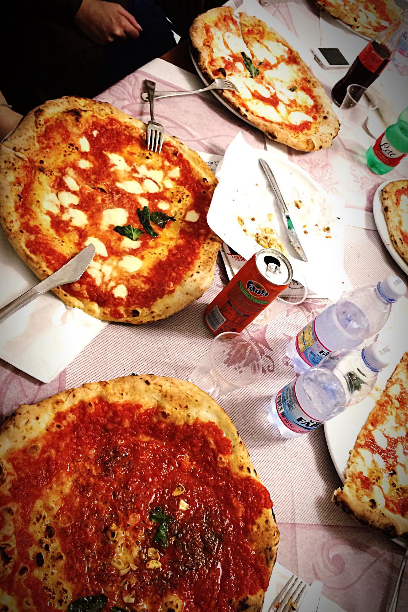 Pizza Time Pizzeriadimatteo RePicture Travel #napoli