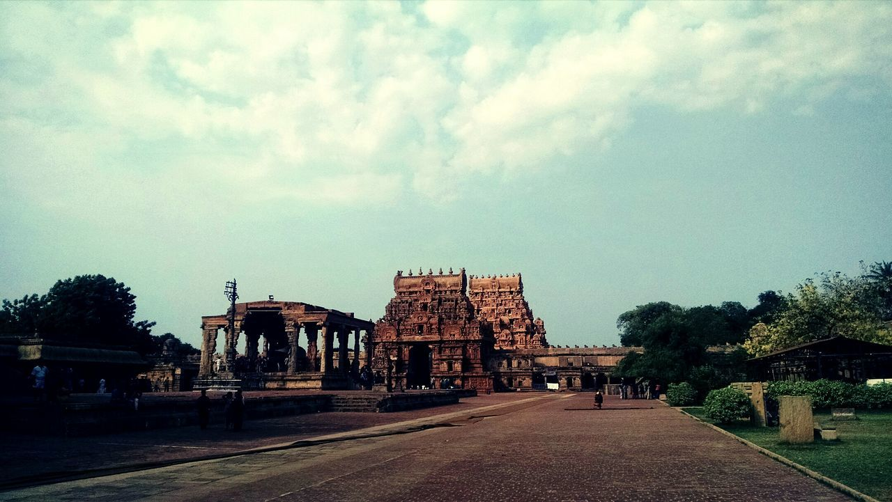Architecture History Travel Destinations Built Structure Religion Ancient Sky Ancient Civilization Outdoors Building Exterior King - Royal Person People Day Tanjore Big Temple No People Archaeology India Place Of Worship Tourism Tamilnadu