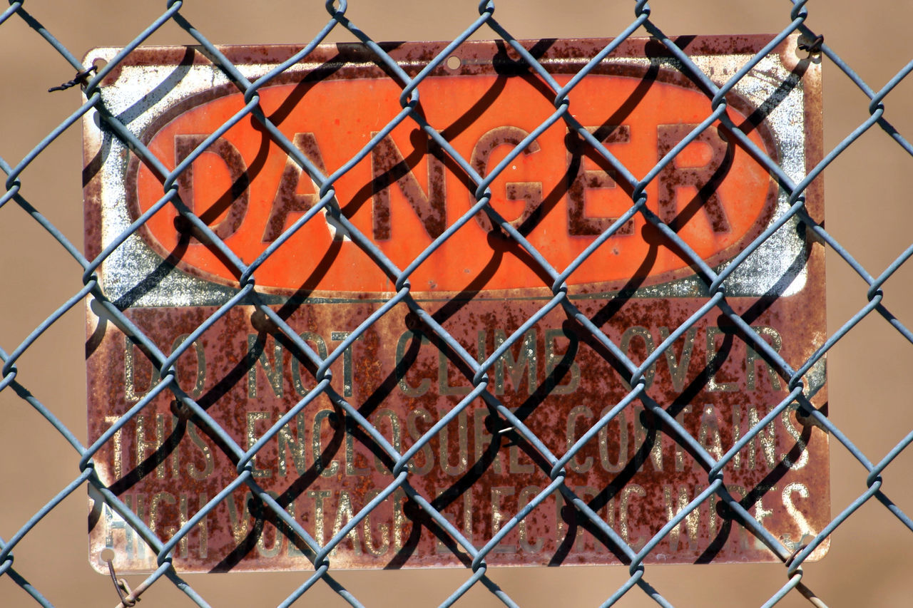 Chain Link Chain Link Fence Chainlink Fence Danger Danger Sign Fence Metal Orange Color Pattern Protection Safety Warning Sign