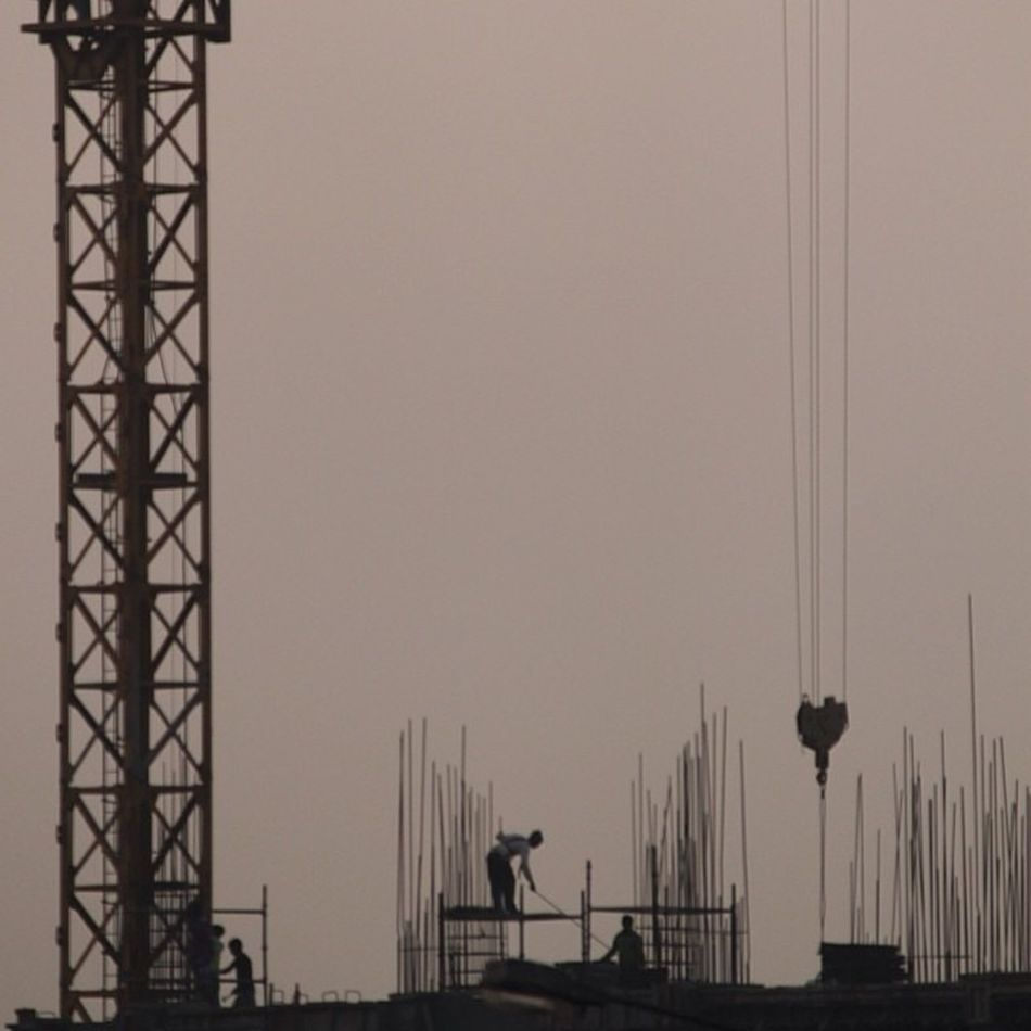 I see❤️in the air... What do you see??? Construction Workers HeartShapedCrane 60feet