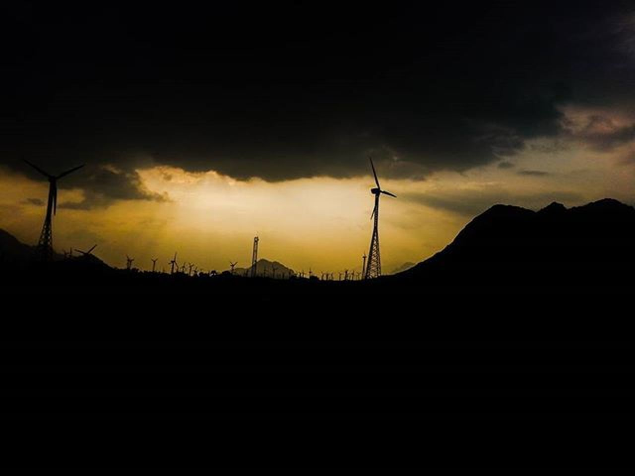 WIND MILLS Windmills Tirunelveli Sunset Sky Skyporn Colorsofnature Colorful Beautiful Bluesky Amber India South Southindia _soi Instatravel Travel Trainjourney Colorsofindia Tamilnadu 2015  Silhouette Travel Traveljournal Pixelpanda_india Incredibleindia picturesofindia indiapictures beautifulindia hippieinhills indiatravelgram