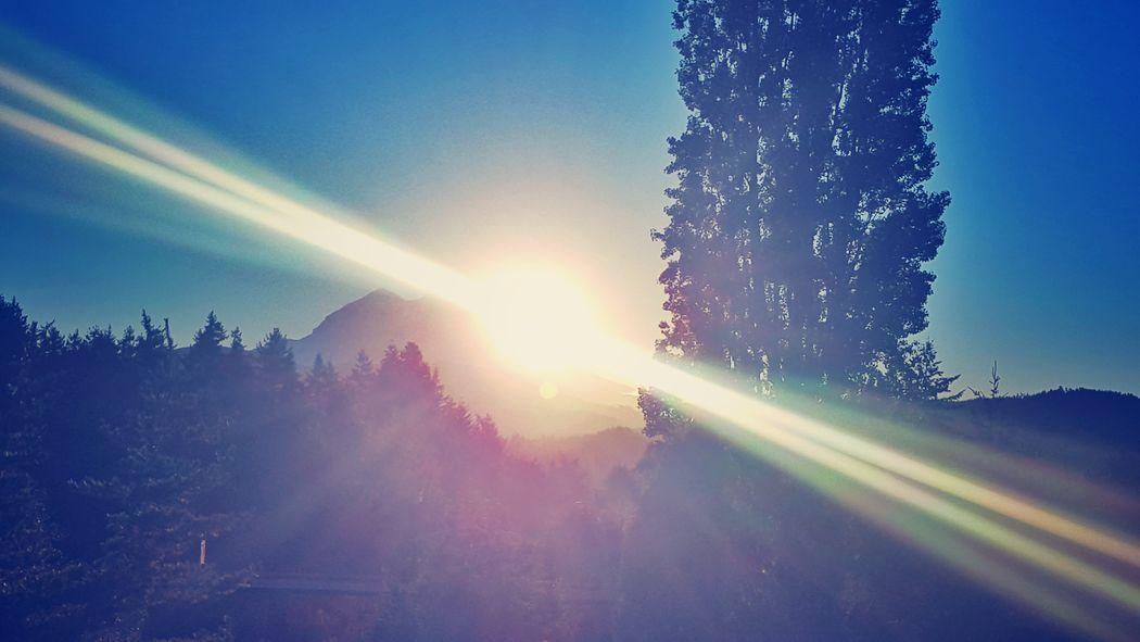 Salutations. This mornings Fall Equinox sunrise. KimberlyJTilley