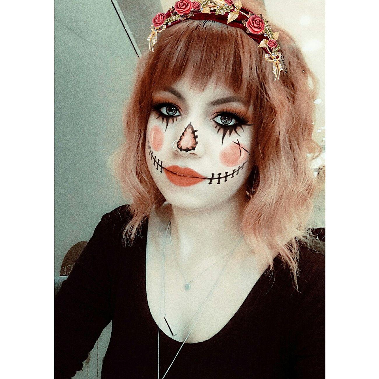 Happyhalloween 🎃🎃😛 Helloween🎃🎃🎃 Happyhalloween Helloweenmakeup Halloween Makeup Make Fasion Hair Hello World Makeup Artist Makeup ♥ Hair Mac Redhair Kryolan Helloween Beauty Hairstyle Make-up Izmirlife ızmir Red Hair Lipstick Mekapmekap
