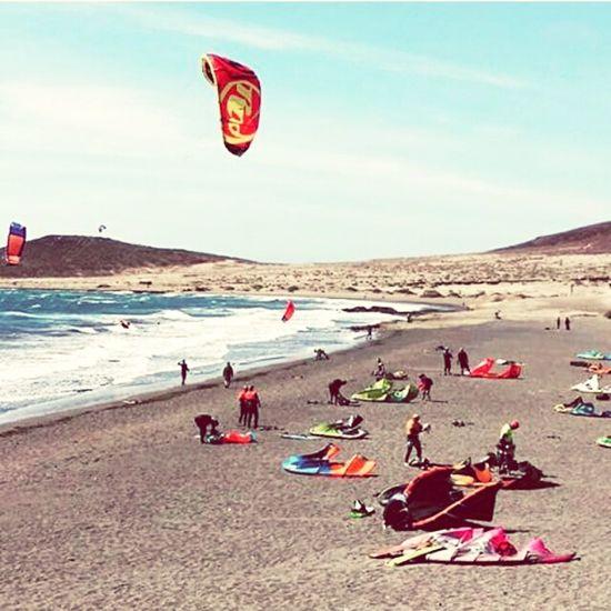 Windsurfing Kitesurfing Relaxing On The Beach Playa El Medano Tenerife Having Fun Spanish Class Sunset #sun #clouds #skylovers #sky #nature #beautifulinnature #naturalbeauty #photography #landscape