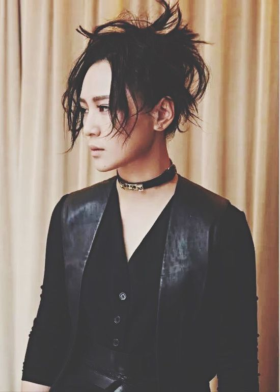 湖南卫视 周笔畅 周筆暢 Zhoubichang Singer  Popstar Bibizhou