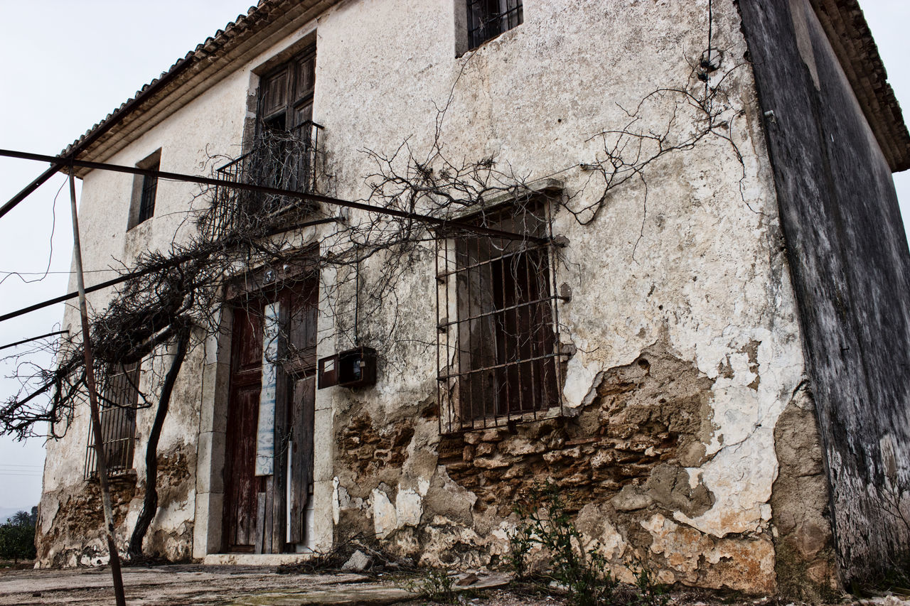 Abandoned Abandoned Buildings Abandoned Places Architecture Built Structure Day Low Angle View No People Outdoor Outdoors Ruins Rural The City Light