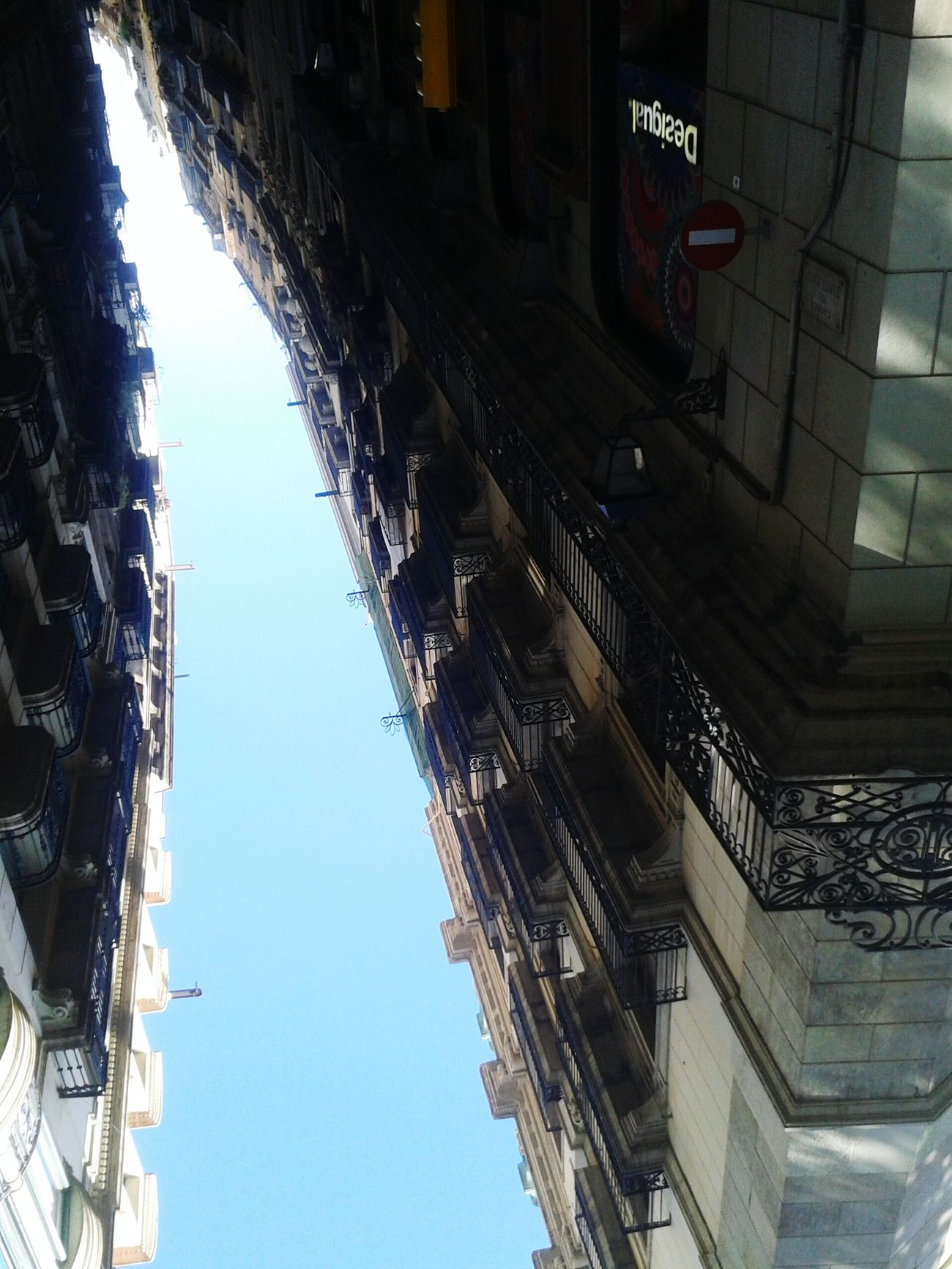 TakeoverContrast Architecture City Life Old Town Clear Sky Barcelona Streets