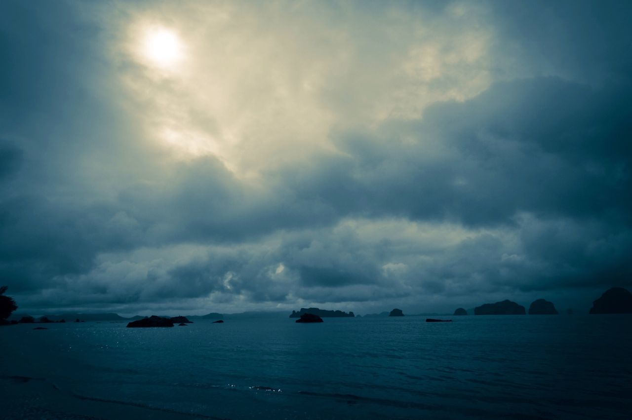 sky, beauty in nature, nature, cloud - sky, scenics, no people, tranquility, tranquil scene, sea, water, outdoors, waterfront, day, sunset, horizon over water, iceberg