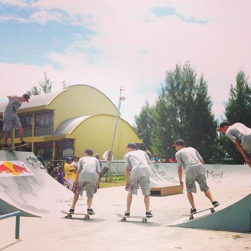 Samsung Galaxy S4 Drama Shot  Skate Park Skateboarding