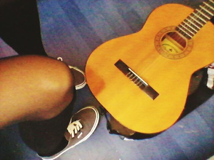 First Guitar Guitar Love From Dady Music Knies Knielingen Vans Ofthewalls Grey
