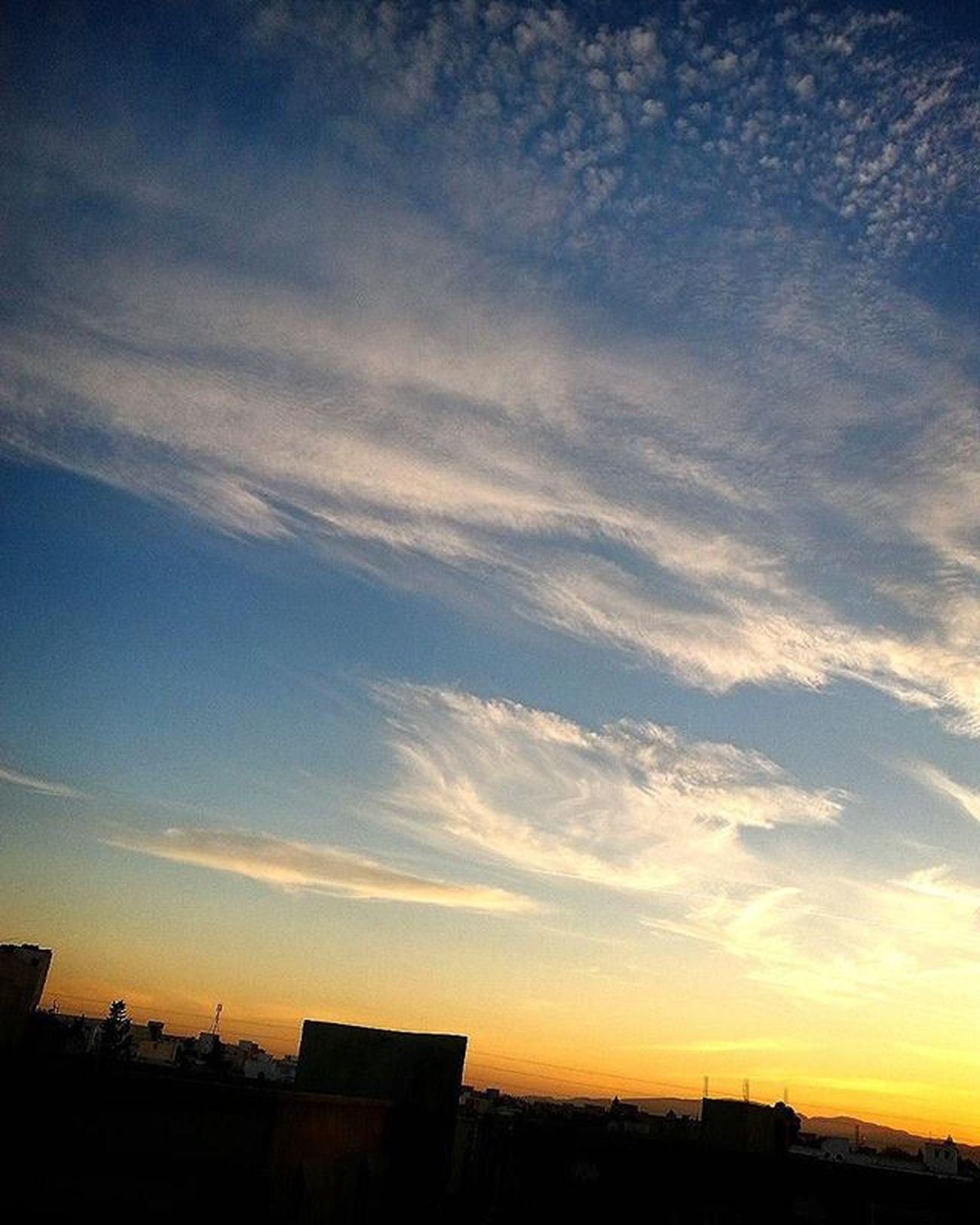 Sunset Bluesky Clouds Livethe moment
