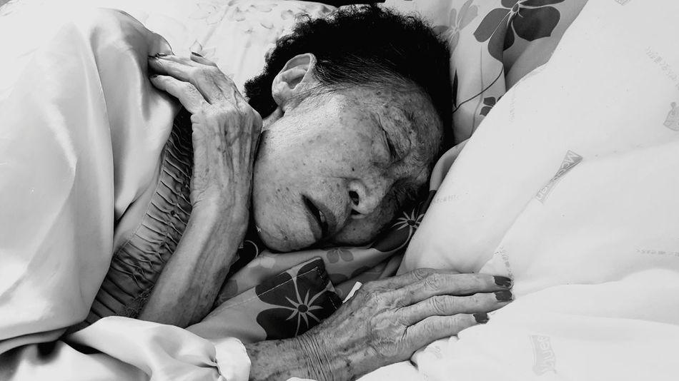 Grandma Grandmother Sleeping Elderly Oldwoman Alzheimer Getting Old 90 Years 1926 My Grandma