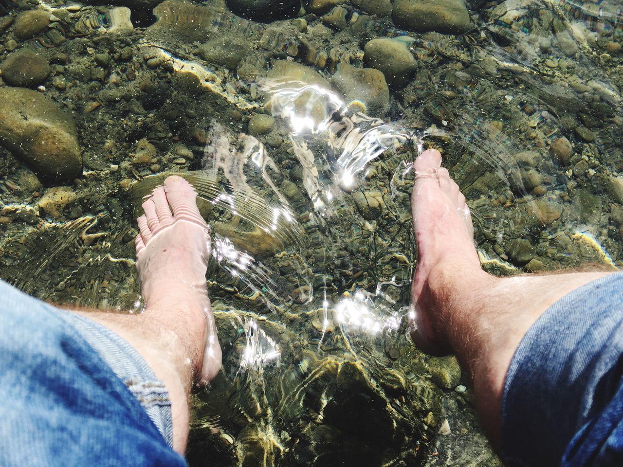 Barefoot Enjoying The Sun Relaxing Enjoying Life Good Times Happy Feet Cold! Sommergefühle