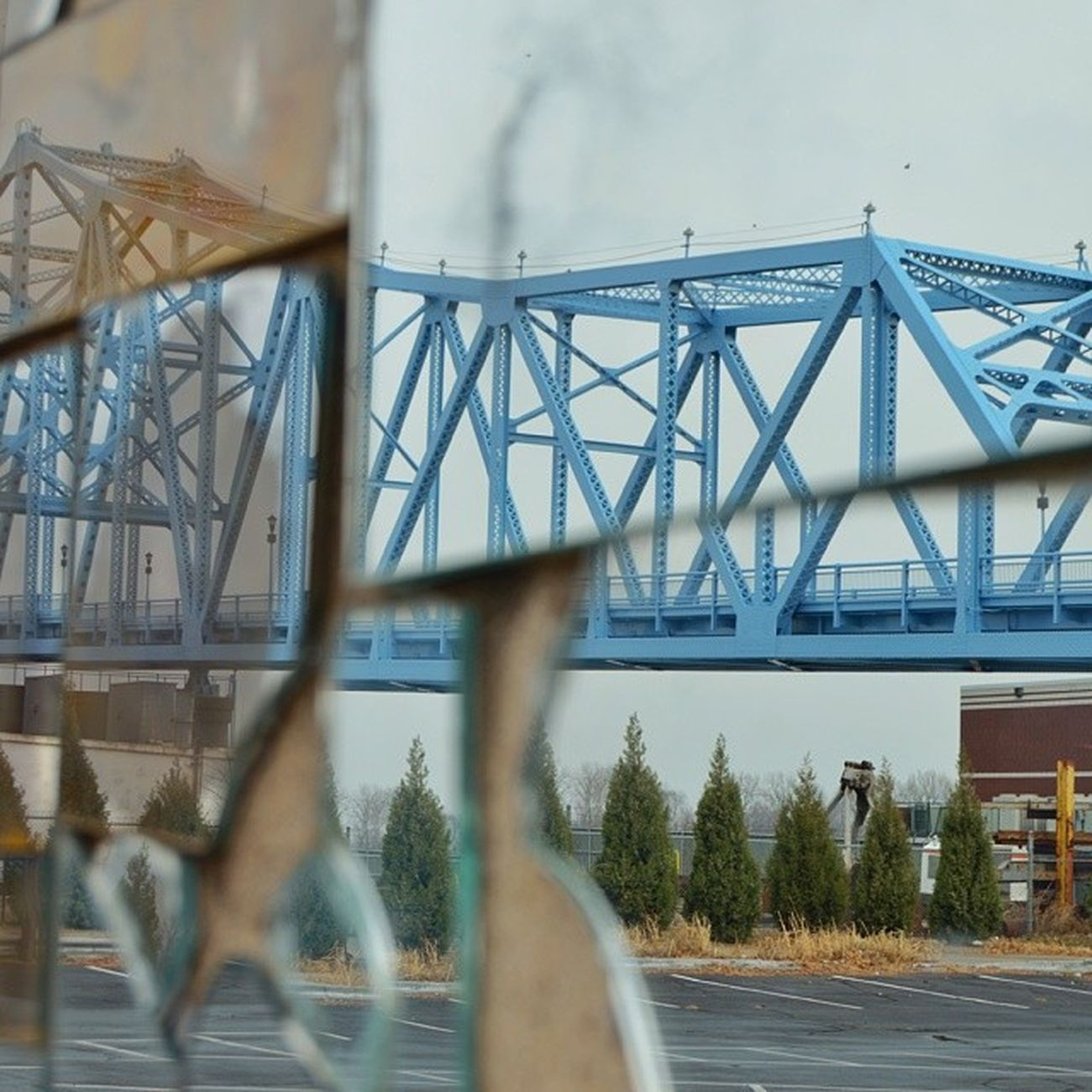 The new paint job on the bridge looks good, even through broken mirrors. Nikon D5100 Nofilter Bluebridge obky