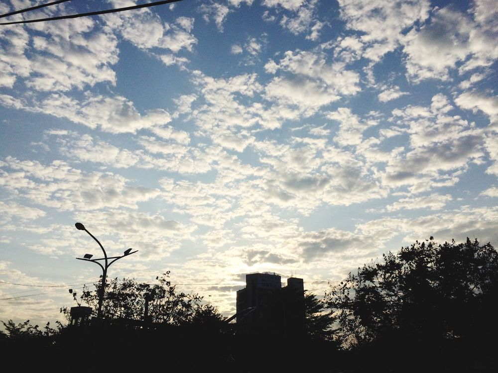 Enjoying Life Goodmorning Sky And Clouds Goodweather Waiting For The Bus Blue Sky