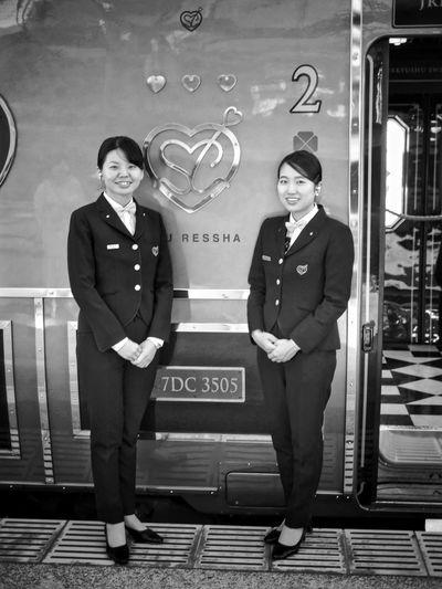 JR KYUSHU ( Kyushu Railway Company ) Smiling Just One Shot 右の方が私の席担当。可愛い女性でした(笑)50mm F/1.4 Bnw Portrait JR Kyushu 駅 - Station - Passenger Portrait Standing Woman Portrait Women Who Inspire You おまけ Yesterday 17:37