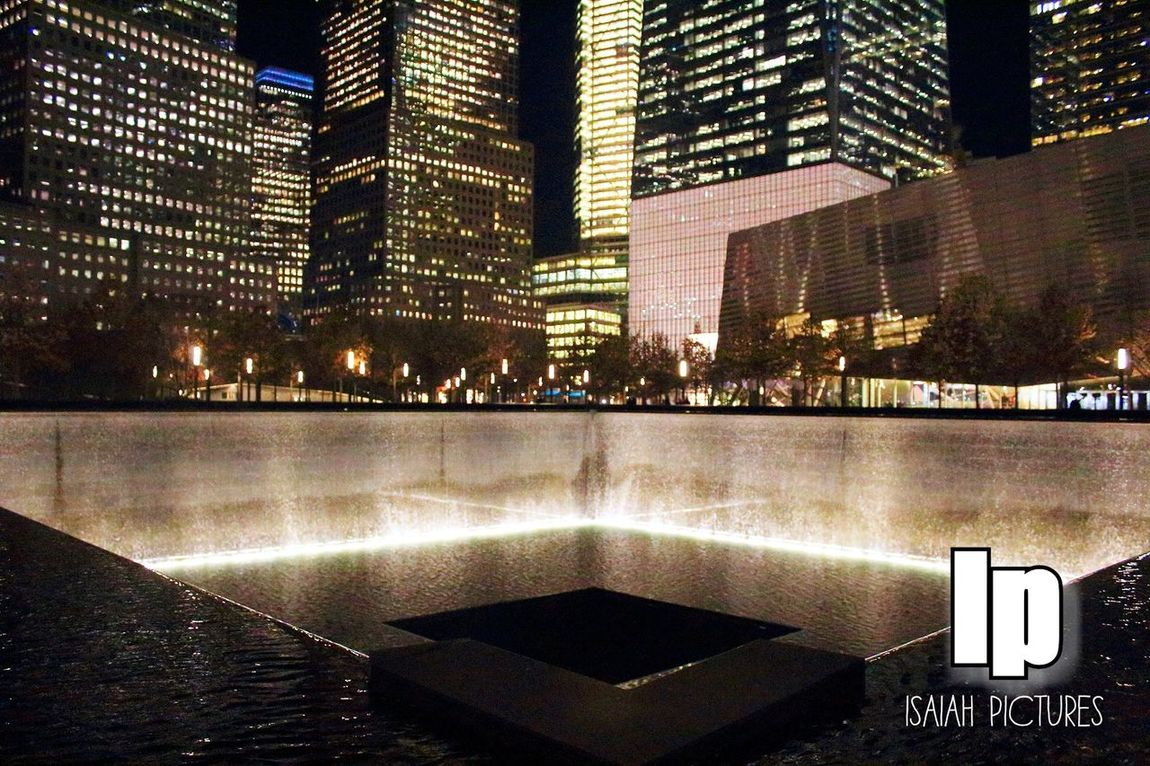 EyeEmNyc Eyeemphotography Canonphotography NYC Photography Eyeeminstagram NYC LIFE ♥ Citylights 911 Memorial WorldTradeCenter Sightseeing New York City Nycprimeshot