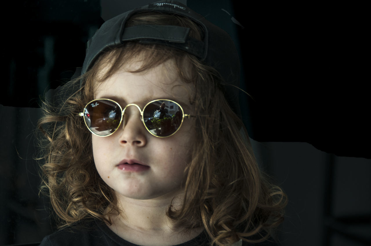 A lucky encounter, resulting in a lucky pic: Annou! Child Child Portrait Childhood Children Photography Close-up Headshot Little Girl Looking At Camera Place Of Heart Portrait Real People Sunglasses The Portraitist - 2017 EyeEm Awards