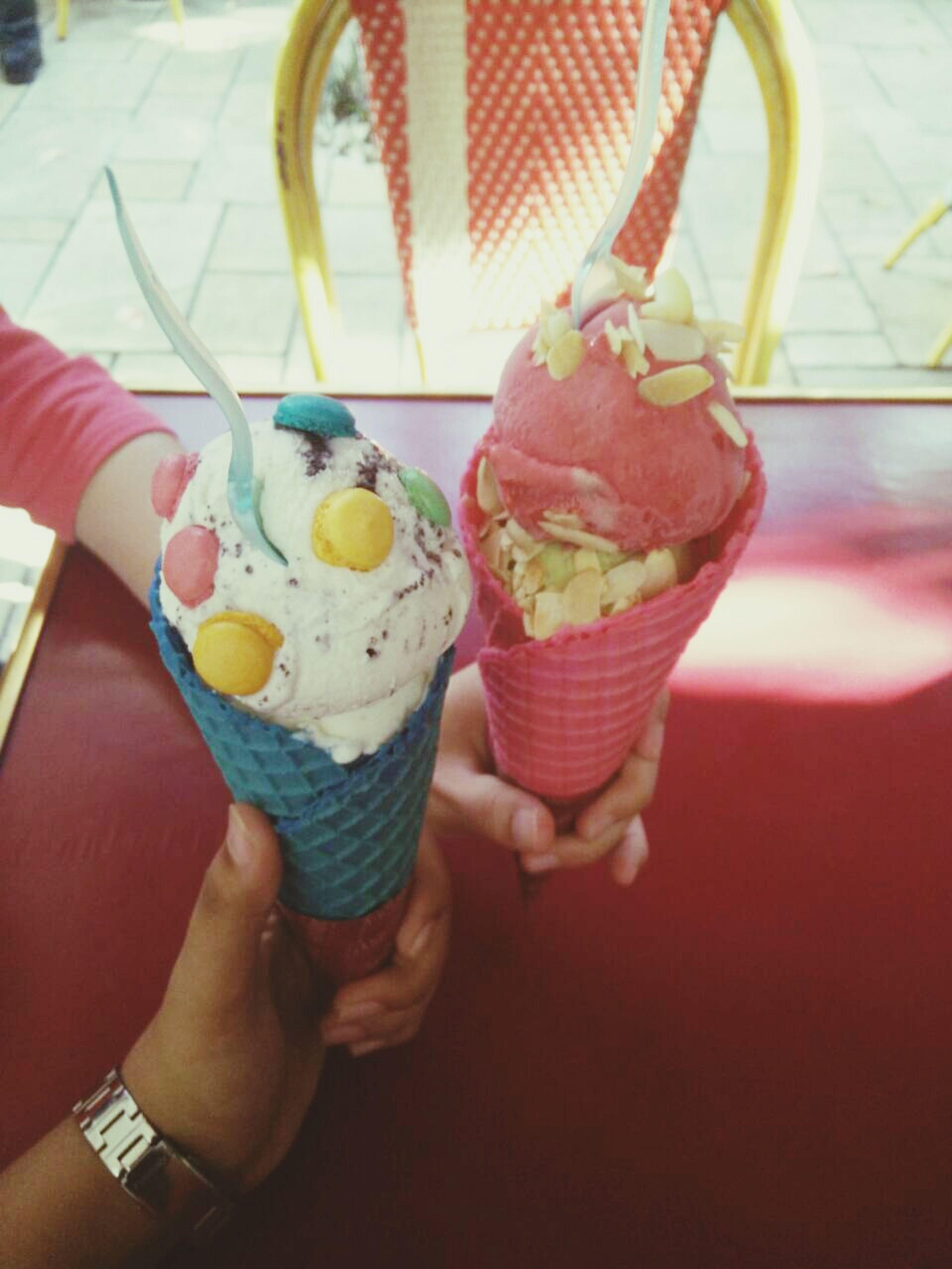 delicious ice creams 😋😋 Gooutwithmyfriends