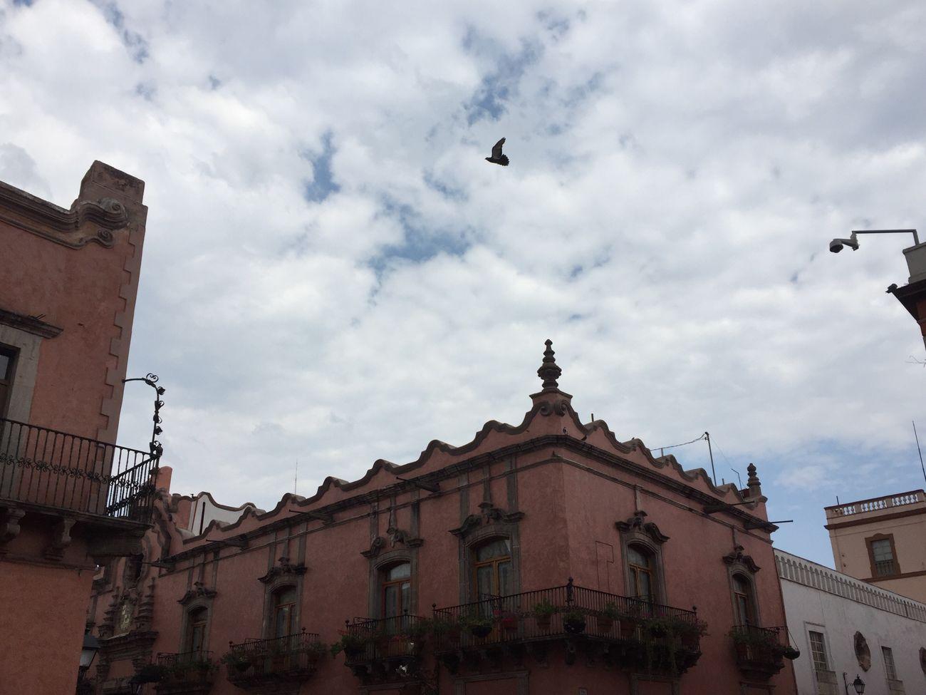 Centro histórico Construcciones  Edificios Antiguos época Colonial Querétaro