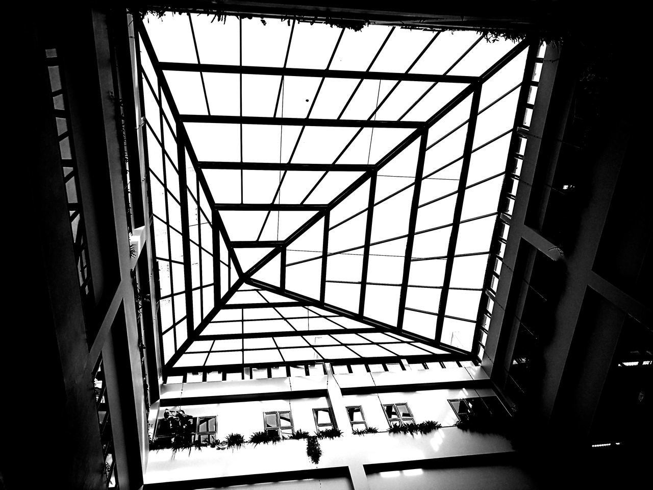 Cúpula do Edifício de S. Jerónimo nos Hospitais da Universidade de Coimbra Architecture Indoors  Black & White Buildingstyles