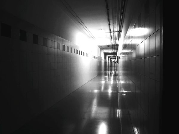 Monochrome Photography Corridor Perspective Diminishing Perspective Indoors  Ligth And Shadow Building Lines Converging