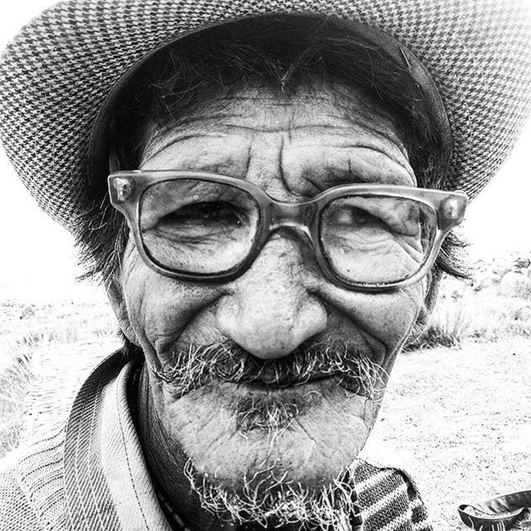 Kunchok Loving Potrait Face Lehnladakh Leh Ladakh Bnwlife Bnw_demand Bnw_society Mountains People Peace Landscape Spec Beard Hat Cute Life