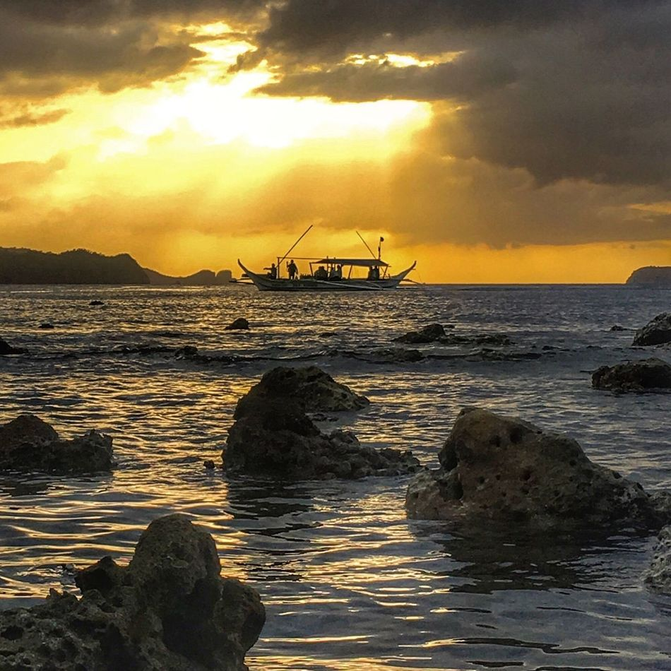 There's no sunset that is not beautiful! Sea Water Sunset Sky Nature Beauty In Nature Beach Horizon Over Water Scenics Rock - Object Outdoors Tranquility No People Cloud - Sky Wave Day Anilao, Batangas Philippines Mabini