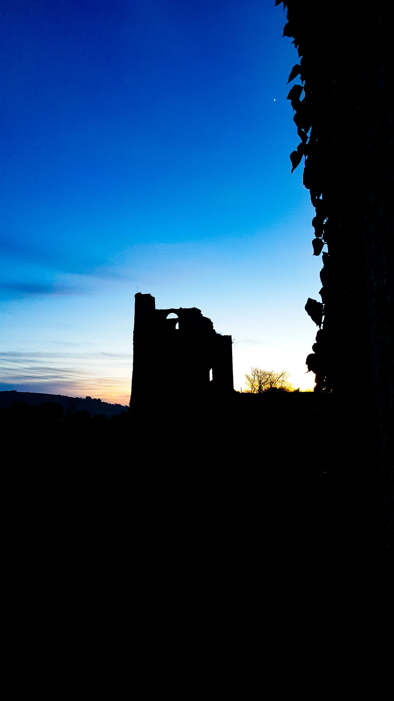 Mining country Sillouettes Silhouette Built Structure No People Sky Day Outdoors Astronomy Mining Village Mining Heritage Sunsets Sunset_collection Stone Structure Mining Site Mining Industry Sunlight Sillhouttes And Sky Silhouette_collection Sillouettes Scenics Sunset Old Ruin Silhouette Architecture History Sillouettes And Sunsets