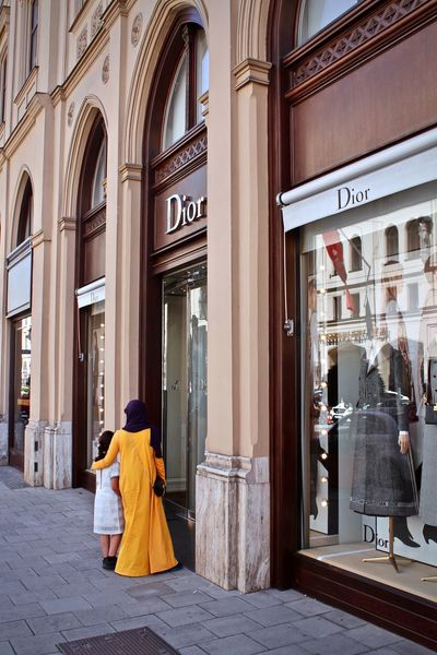 Dior Mother Munich München Shopping Tourists Burka  Child Maximilianstraße Real People EyeEmNewHere sSummer tTourism wWindowshopping wWomen fFirst Eyeem Photo EyeEmNewHere People EyeEm Best Shots EyeEm Gallery EyeEmBestPics Arabic Style Rich Colors Yellow Color