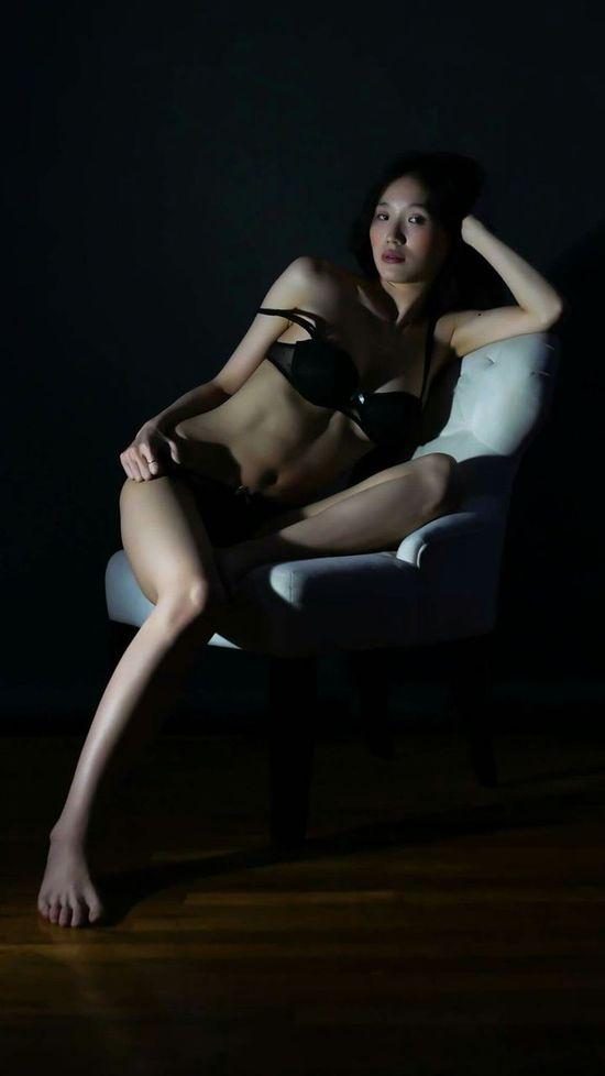 Modellife NYC Photography Nightphotography Beautiful Girl Darkbeauty Brooklyngirl Fashion Photography Beautiful Relaxing Peterkoloff