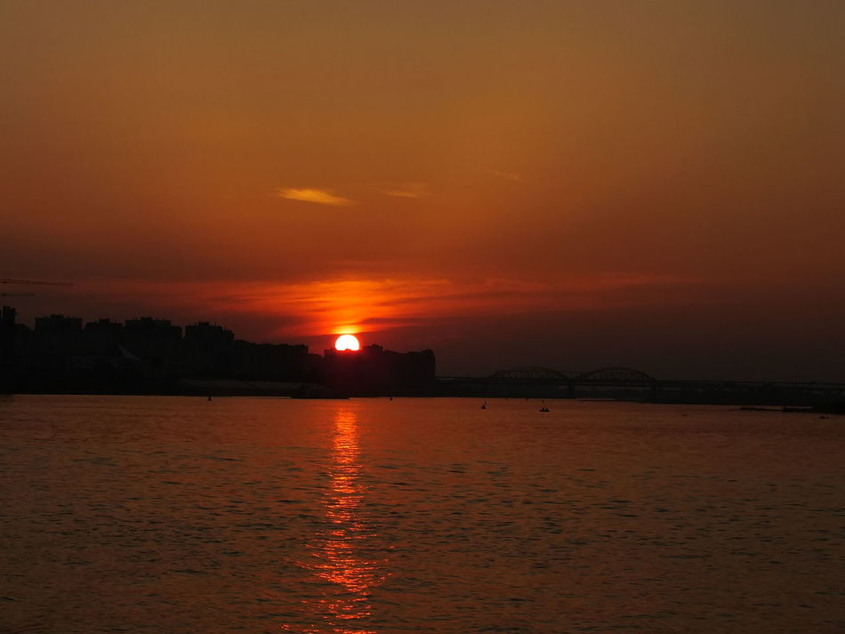 #bridge #clouds  #houses #sun  #Nizhny_Novgorod #river #russia #sky #sunset #sun #clouds #skylovers #sky #nature #beautifulinnature #naturalbeauty #photography #landscape