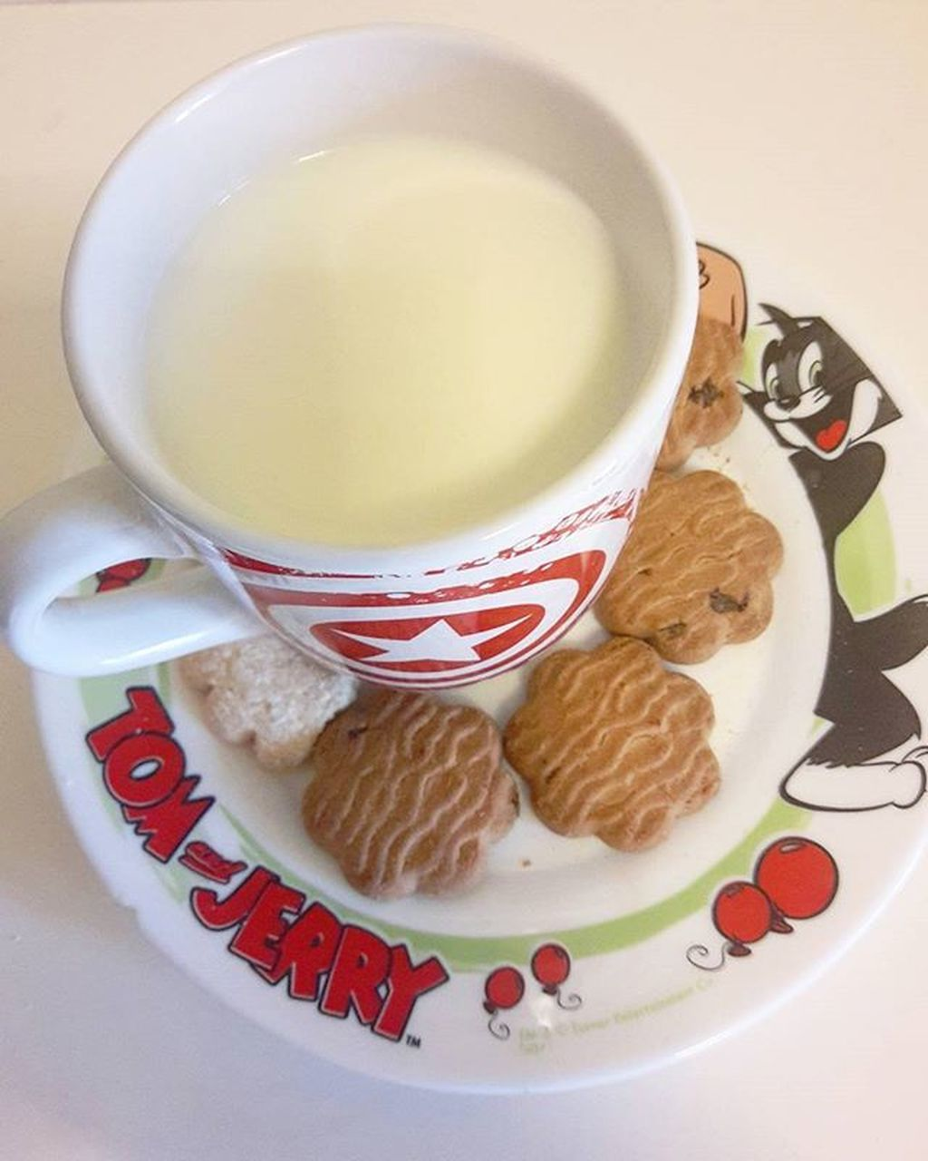 food and drink, drink, cup, tea - hot drink, coffee cup, refreshment, plate, food, no people, freshness, saucer, coffee - drink, indoors, cookie, table, serving size, healthy eating, milk, ready-to-eat, close-up, sweet food, day