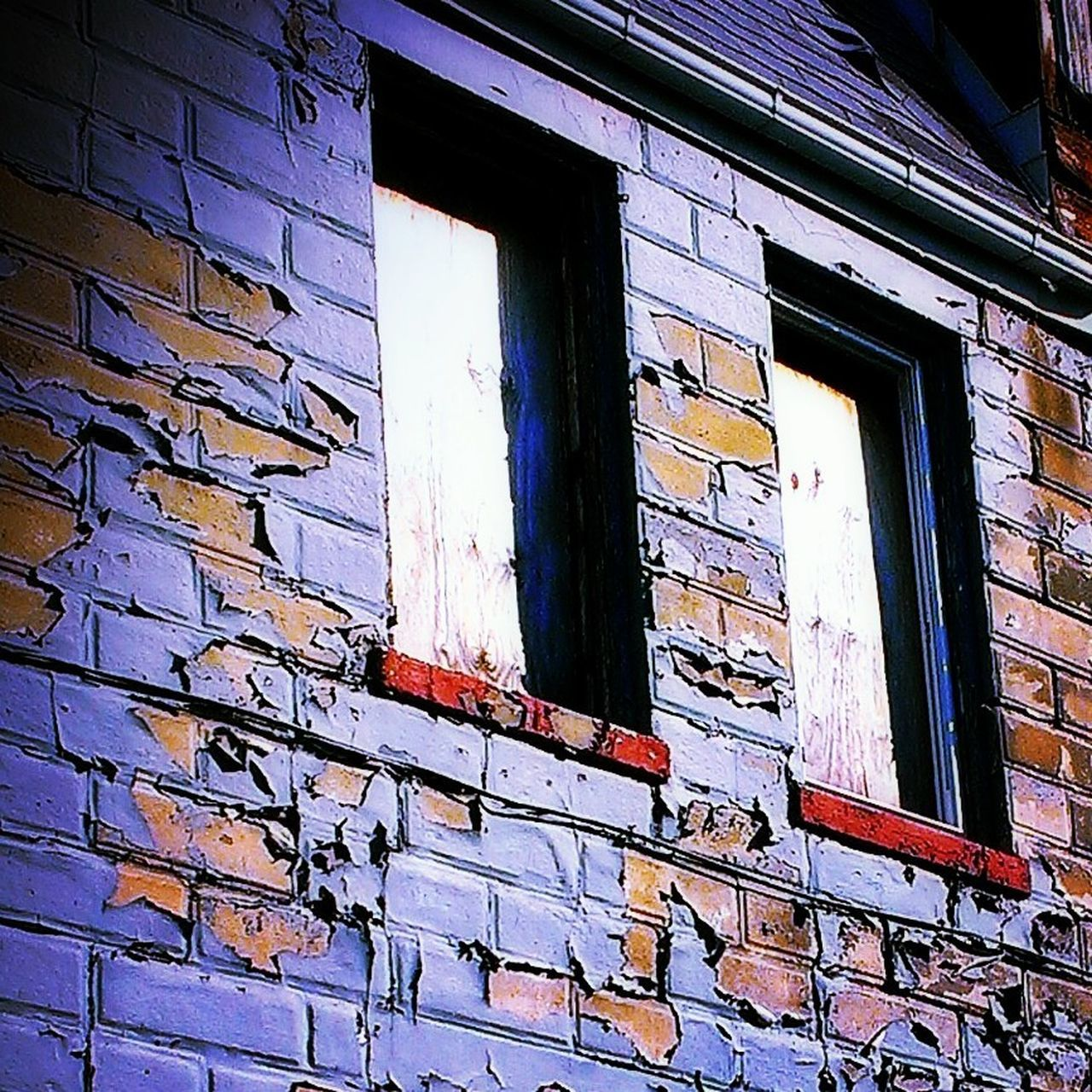 window, architecture, low angle view, built structure, building exterior, no people, day, outdoors